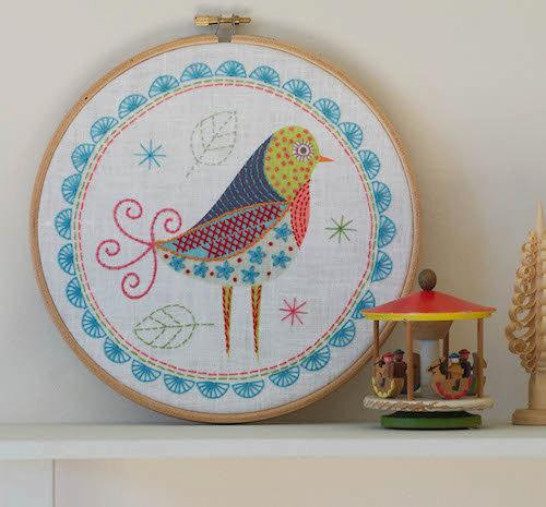 北欧風の鳥の刺繍